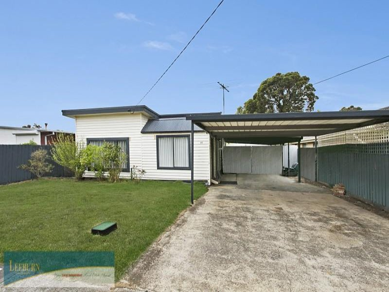 35 Lawson Street, Sunbury, Vic 3429
