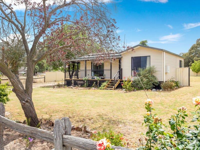 36 Dry Street, Boorowa, NSW 2586