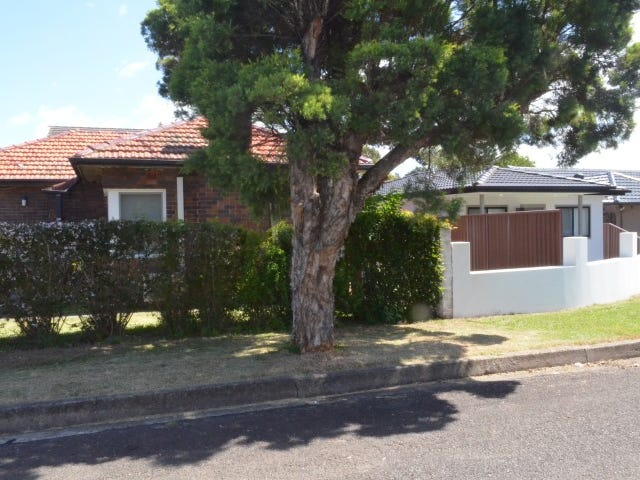 9 DUNLOP ST, Roselands, NSW 2196