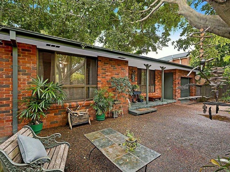 33 Masefield Avenue, Bateau Bay, NSW 2261