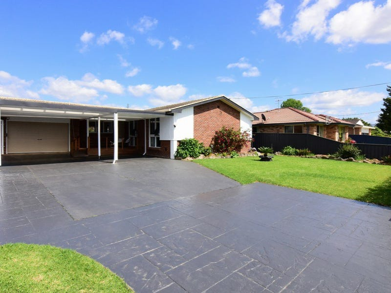 10 Allison Avenue, Nowra, NSW 2541