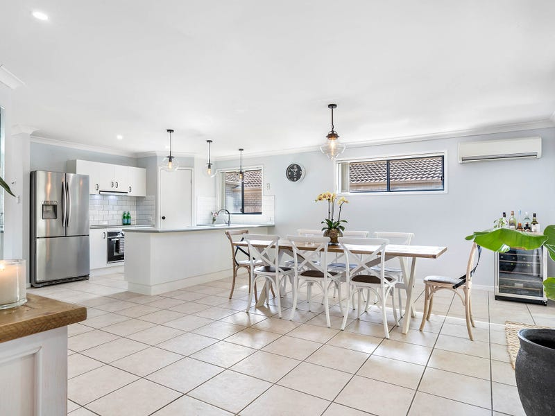 4 Moriarty Place, Bald Hills, Qld 4036