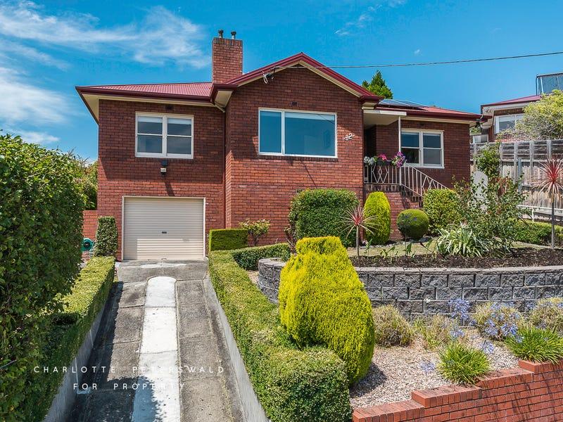 12 Rossendell Avenue, West Hobart, Tas 7000