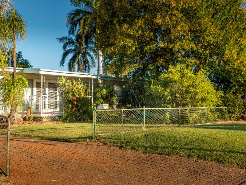 28 Cook Crescent, Mount Isa, Qld 4825