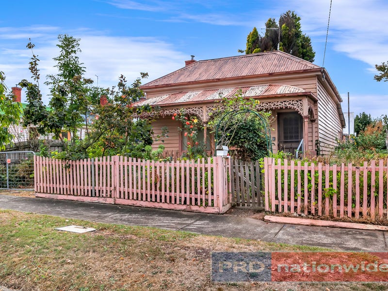 222 Clyde Street, Soldiers Hill, Vic 3350