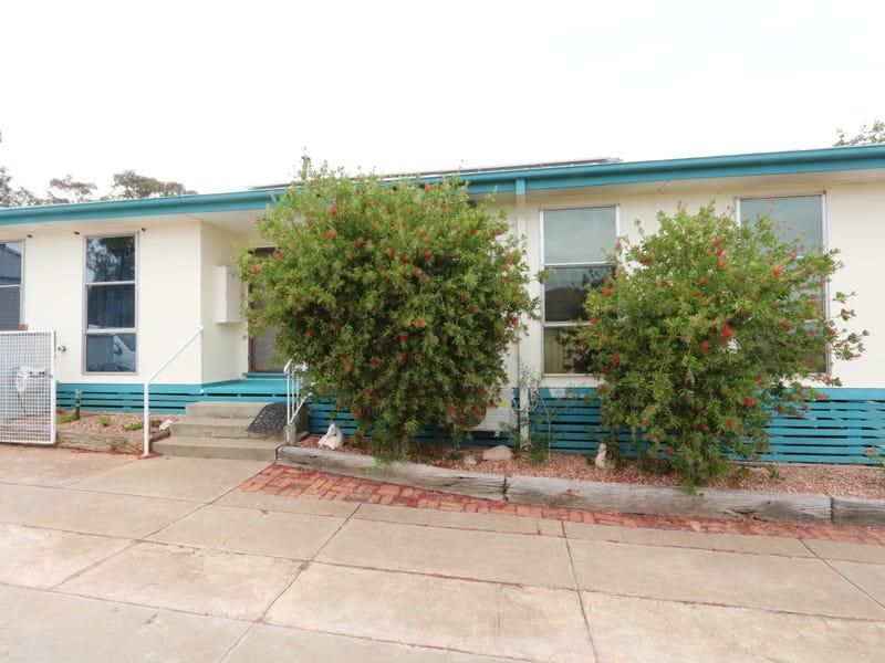 17 Tobruk Avenue, Maryborough, Vic 3465
