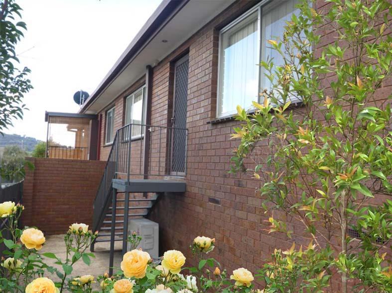 2/451 Rose Street, Lavington, NSW 2641