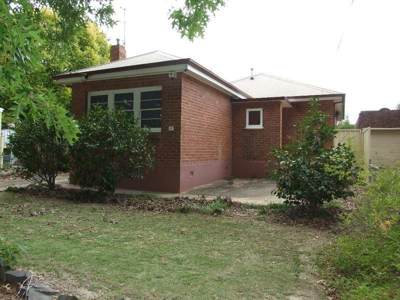 17 National Avenue, Orange, NSW 2800