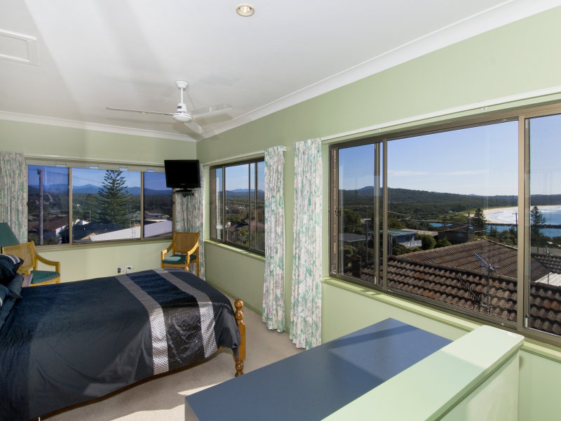 22 Bergalia Crescent, Camden Head, NSW 2443