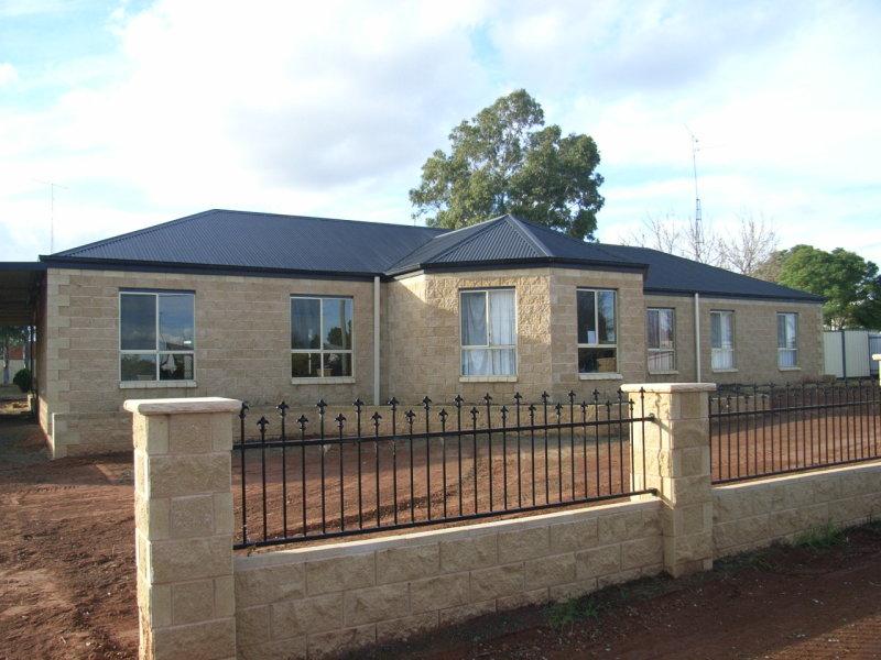 77-79 Cassin, Wyalong, NSW 2671