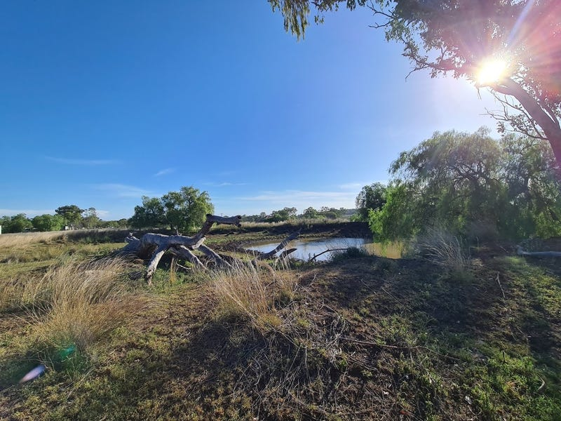 Lot 4 & 6 Peters Road, Goombungee, Qld 4354