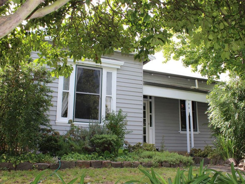 335 Humffray Street North, Brown Hill, Vic 3350