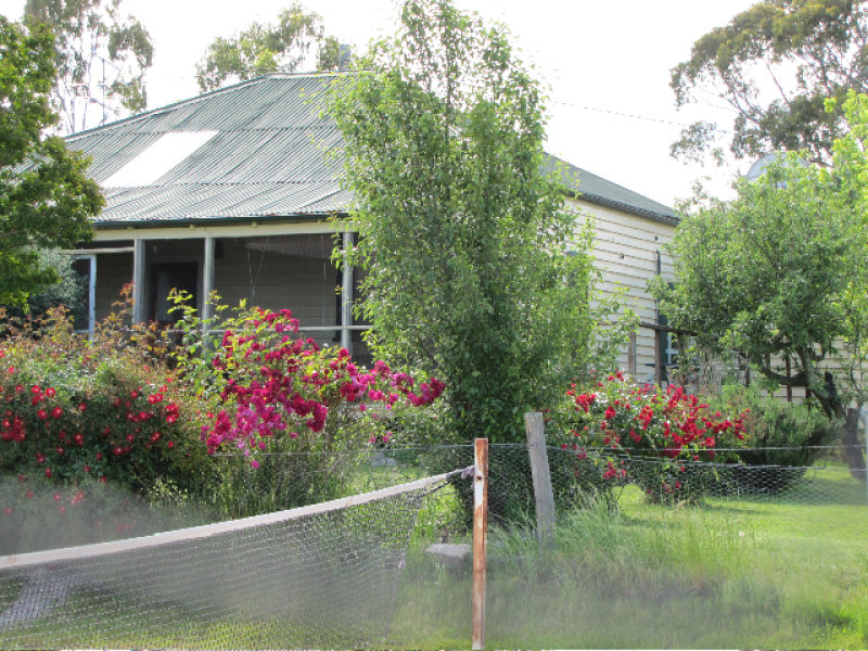 442 Comara Road, RETREAT,, Uralla, NSW 2358
