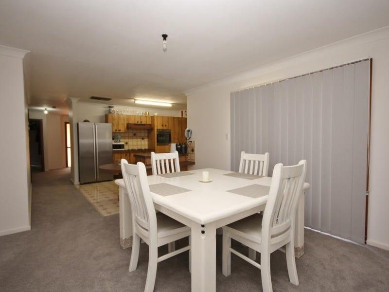 6 Lenore Crescent, Wee Waa, NSW 2388