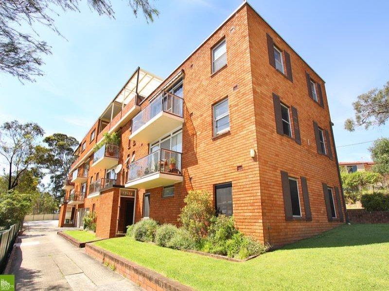 18/1 Powell Street, Mangerton, NSW 2500