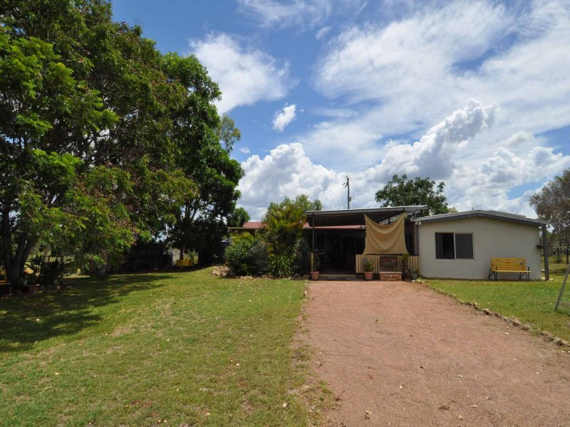 173 Featherby Road, Southern Cross, Qld 4820