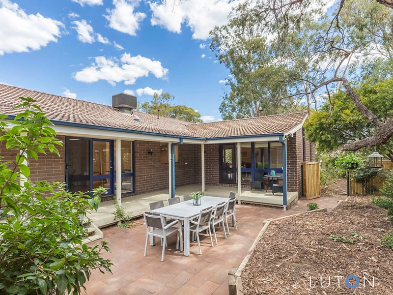 22 Mackie Crescent, Stirling, ACT 2611