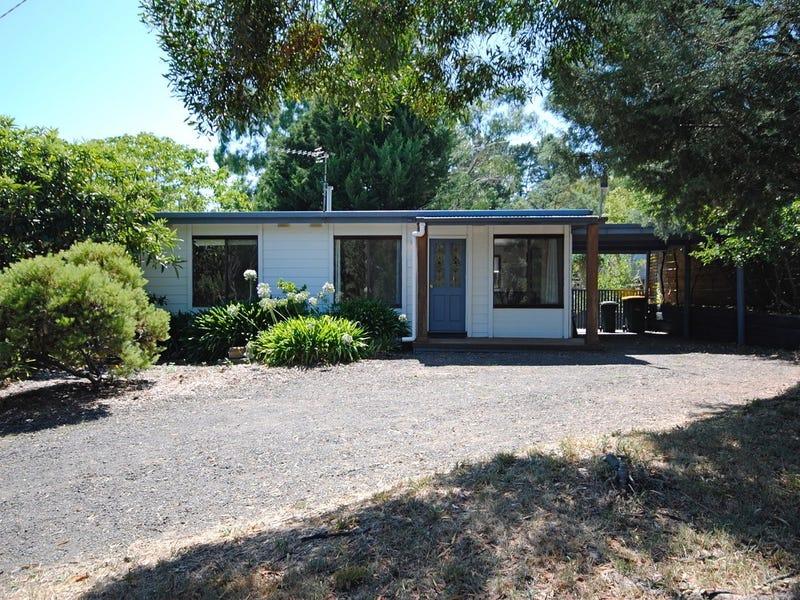 1 Golden Springs Avenue, Hepburn Springs, Vic 3461