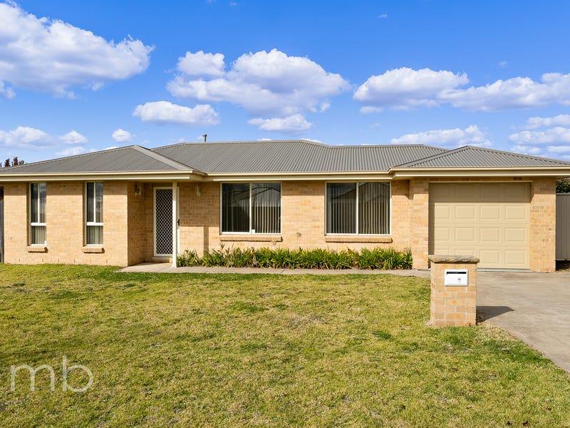 8 Candlebark Crescent, Orange, NSW 2800