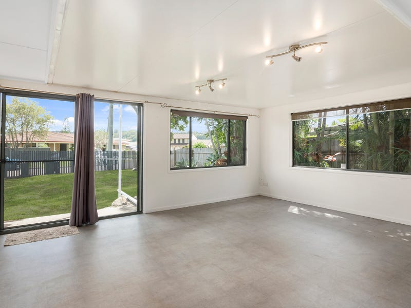1/3 Pelican Place, Tweed Heads West, NSW 2485