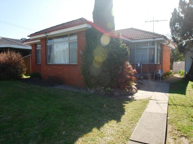 77 Medley Ave, Liverpool, NSW 2170