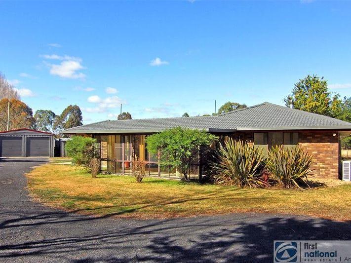 81 Pinegrove Road, Armidale, NSW 2350