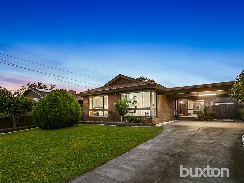 22 Pickworth Drive, Dingley Village, Vic 3172
