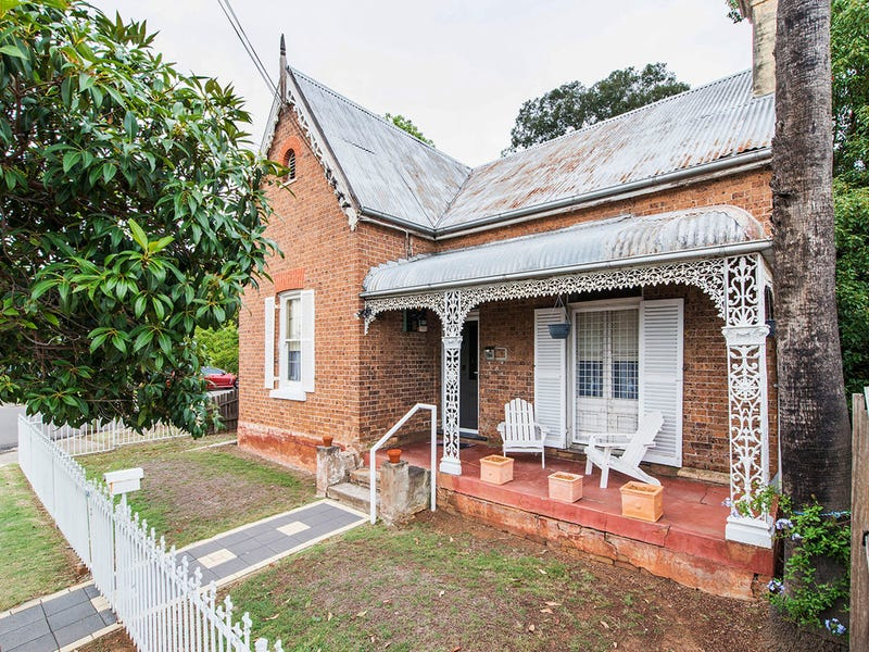 194 Derby Street, Penrith, NSW 2750