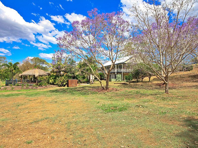 3 SHERWOOD CT, Samford Valley, Qld 4520