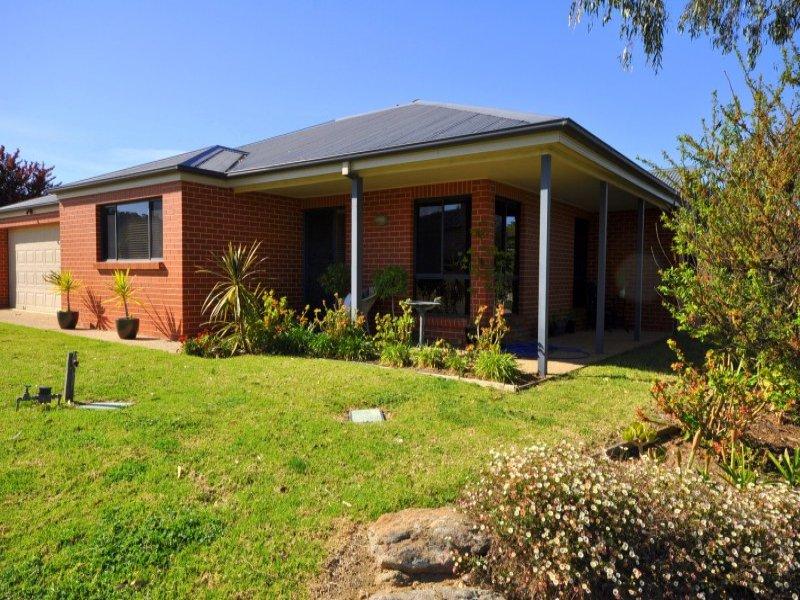 63 Norman Way, Thurgoona, NSW 2640