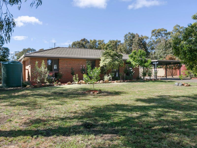 37 Rennie Street, Huntly, Vic 3551