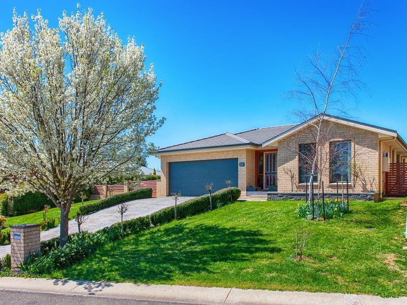32 Barry Place, Crookwell, NSW 2583