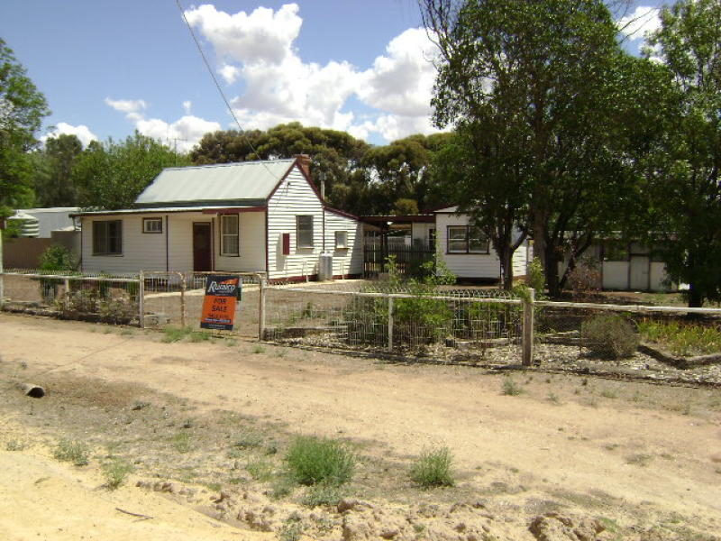 Address available on request, Lake Charm, Vic 3581