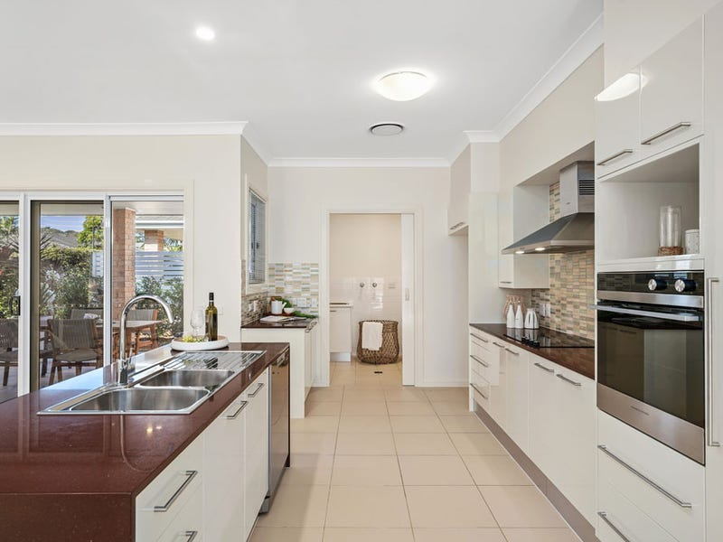 17/1001  The Entrance Road, Forresters Beach, NSW 2260