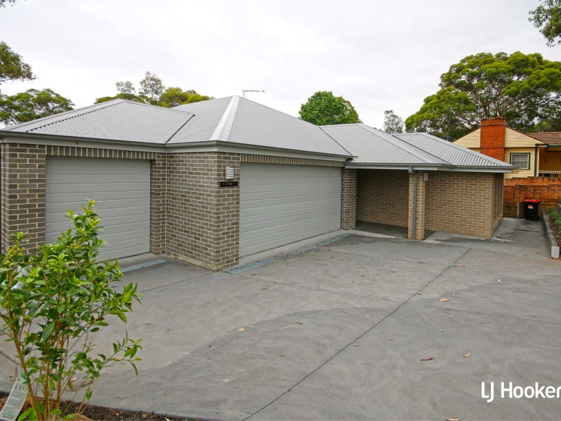 744 Henry Lawson Drive, Picnic Point, NSW 2213