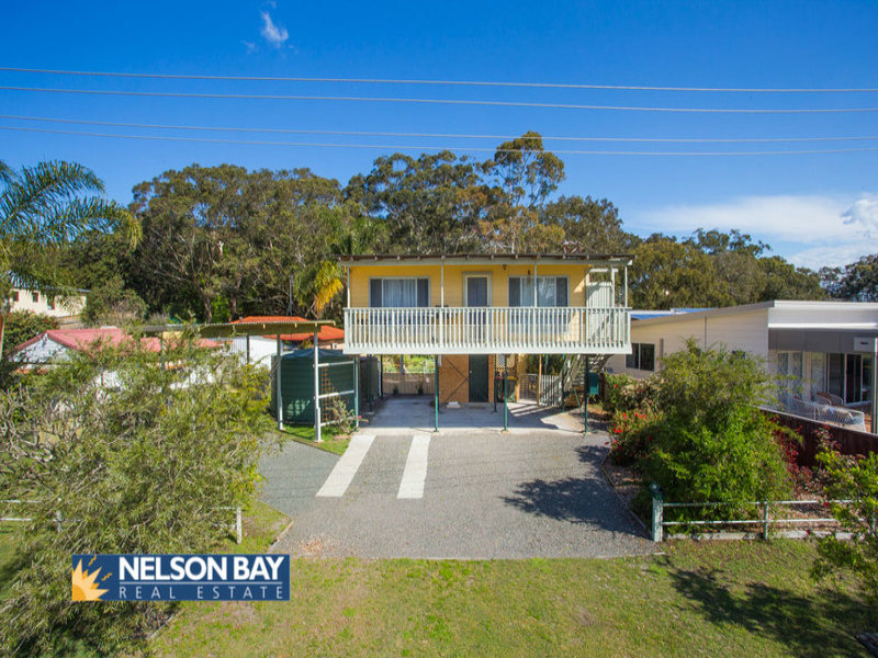 6 Taylor Road, Taylors Beach, NSW 2316