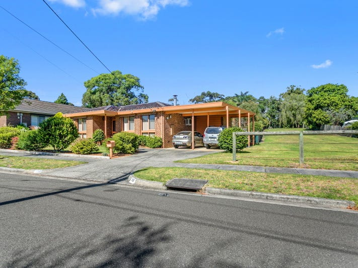 52 The Trossachs, Frankston, Vic 3199
