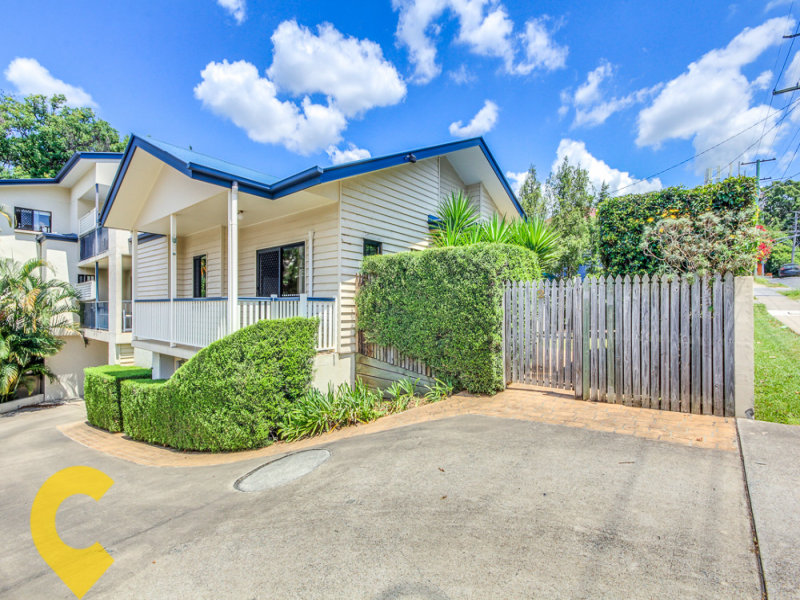 2/101 Sir Fred Schonell Drive, St Lucia, Qld 4067