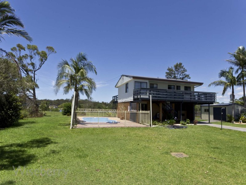 317 Manning Point Road, Oxley Island, NSW 2430