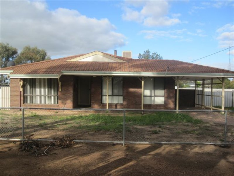 6 Currall Street, Narembeen, WA 6369
