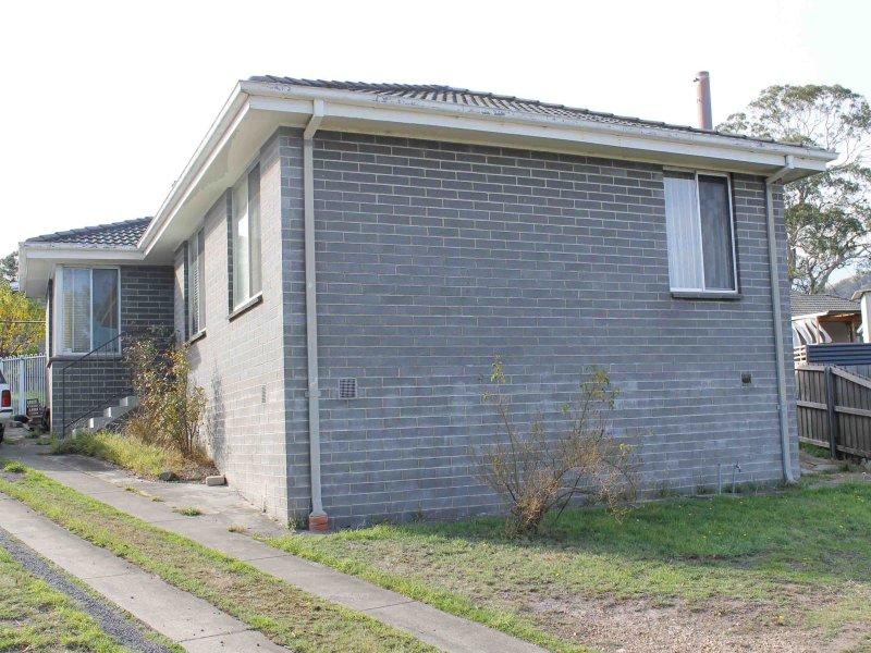 8 Charlecote Avenue, Clarendon Vale, Tas 7019