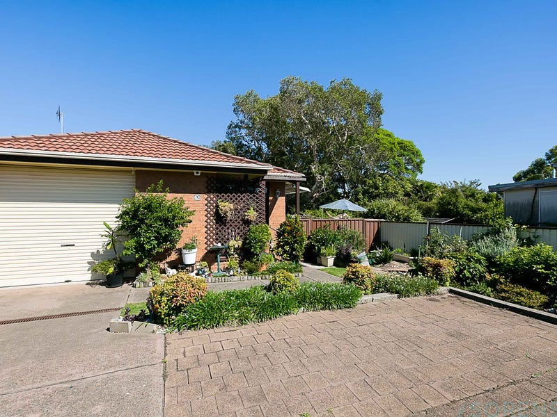 62 Gilbert Avenue, Gorokan, NSW 2263