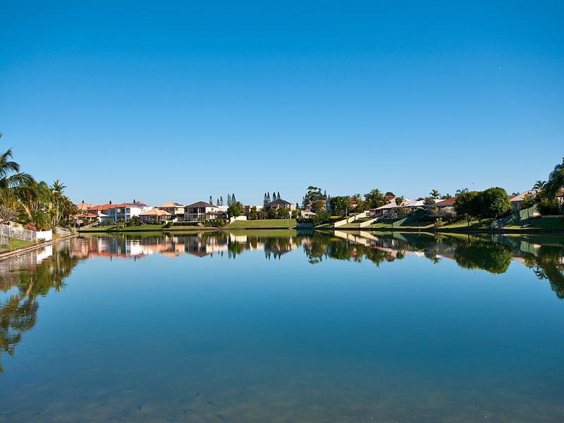 11 Tannah Court, Broadbeach Waters