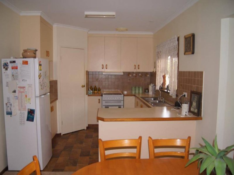 30 Bolton Street, Jerilderie, NSW 2716