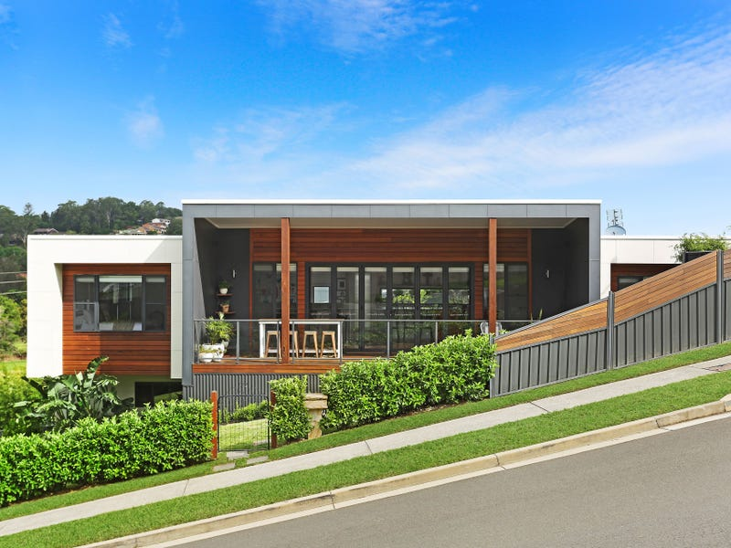 3 William Davies Drive, Figtree, NSW 2525