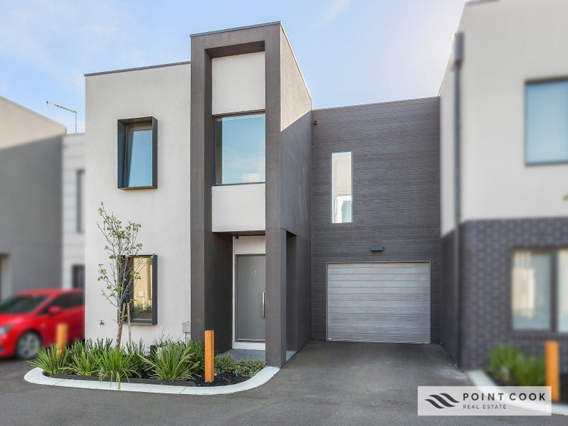 15/47 Waterhaven Boulevard, Point Cook, Vic 3030