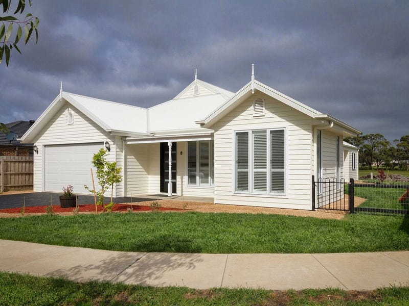 8 Sproule Place, Woodend, Vic 3442