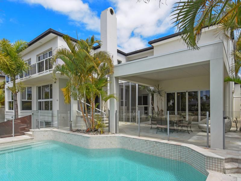 90 Commodore Drive, Surfers Paradise, Qld 4217