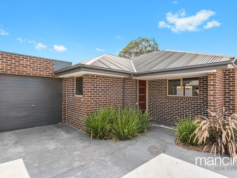4/3-7 Hook Street, Altona Meadows, Vic 3028