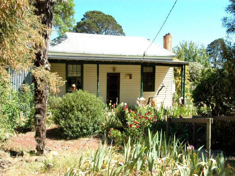 14 Napoleon Lane, Waterloo, Vic 3373